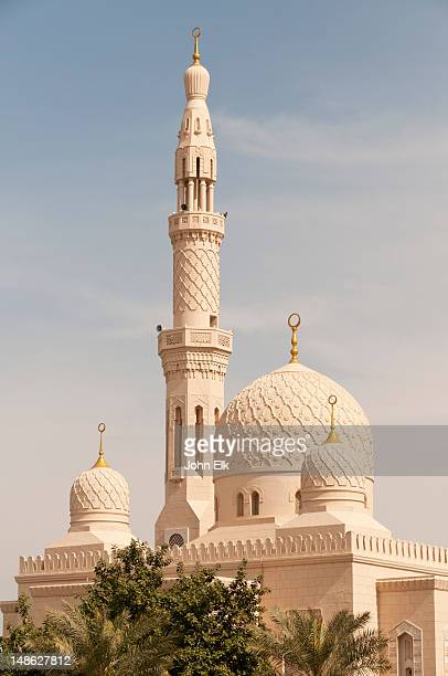 jumeira mosque, exterior. - minaret stock pictures, royalty-free photos & images
