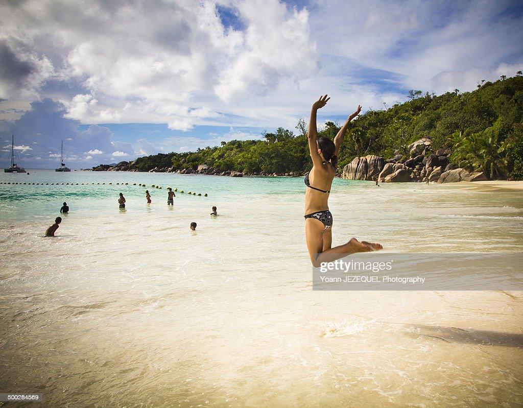 Jump on the beach : Photo