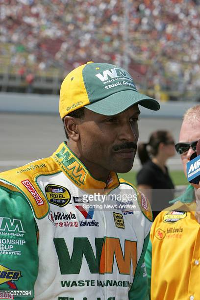 Jun 16 2006 Brooklyn MI USA BILL LESTER during practice for the Nextel Cup 3M Performace 400 at the Michigan International Speedway in Brooklyn Mich...
