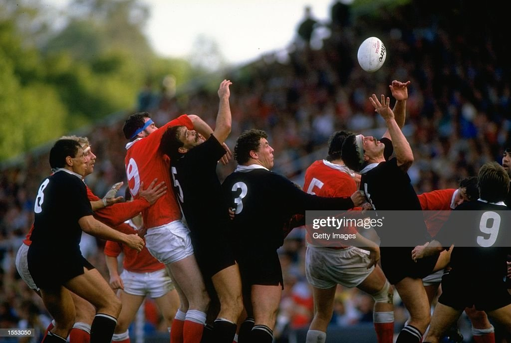 Line-out action : News Photo