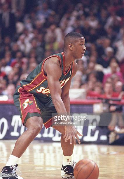 Guard Eric Snow of the Seattle Supersonics dribbles the ball during a playoff game against the Chicago Bulls at the United Center in Chicago Illinois...