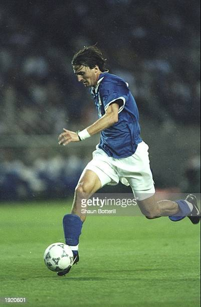 Dino Baggio of Italy in action during a Tournoi De France \ match against England in Montpellier, France. England won the match 2-0. \ Mandatory...
