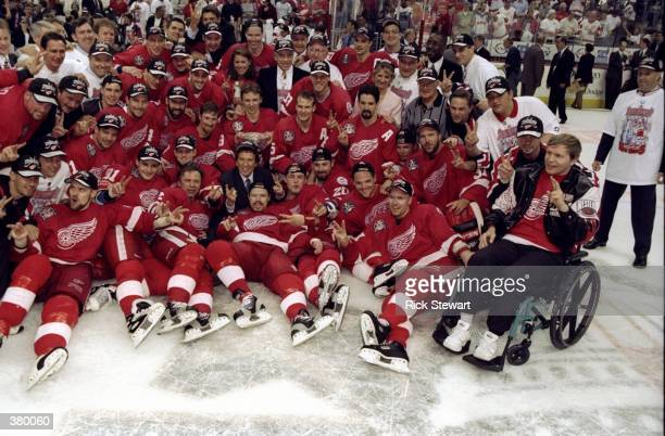 General view of the Detroit Red Wings posing for pictures during the Stanley Cup Finals game against the Washington Capitals at the MCI Center in...