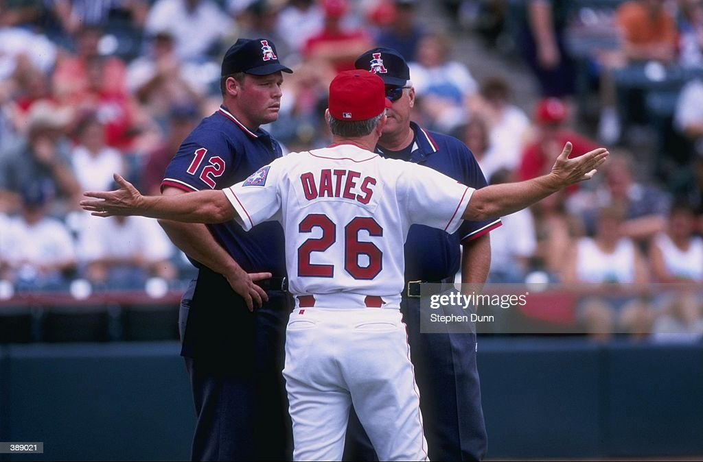 jun-1998-manager-johnny-oates-of-the-tex