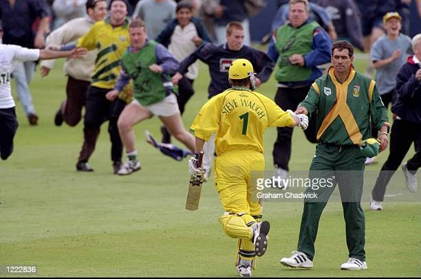 The two captains Steve Waugh of Australia and Hansie Cronje of South Africa shake hands after the World Cup Super Six match at Headingley in Leeds...