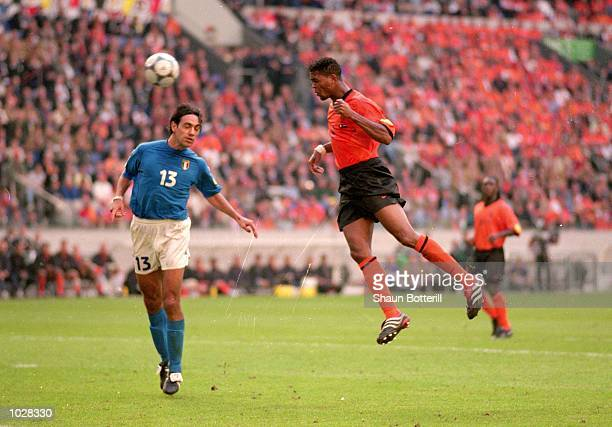 Patrick Kluivert of Holland heads the ball towards goal during the European Championships 2000 Sem-Final against Italy at the Amsterdam ArenA, in...