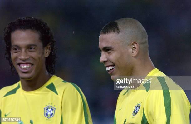 Ronaldinho and Ronaldo of Brazil chat during the Germany v Brazil World Cup Final match played at the International Stadium Yokohama Yokohama Japan