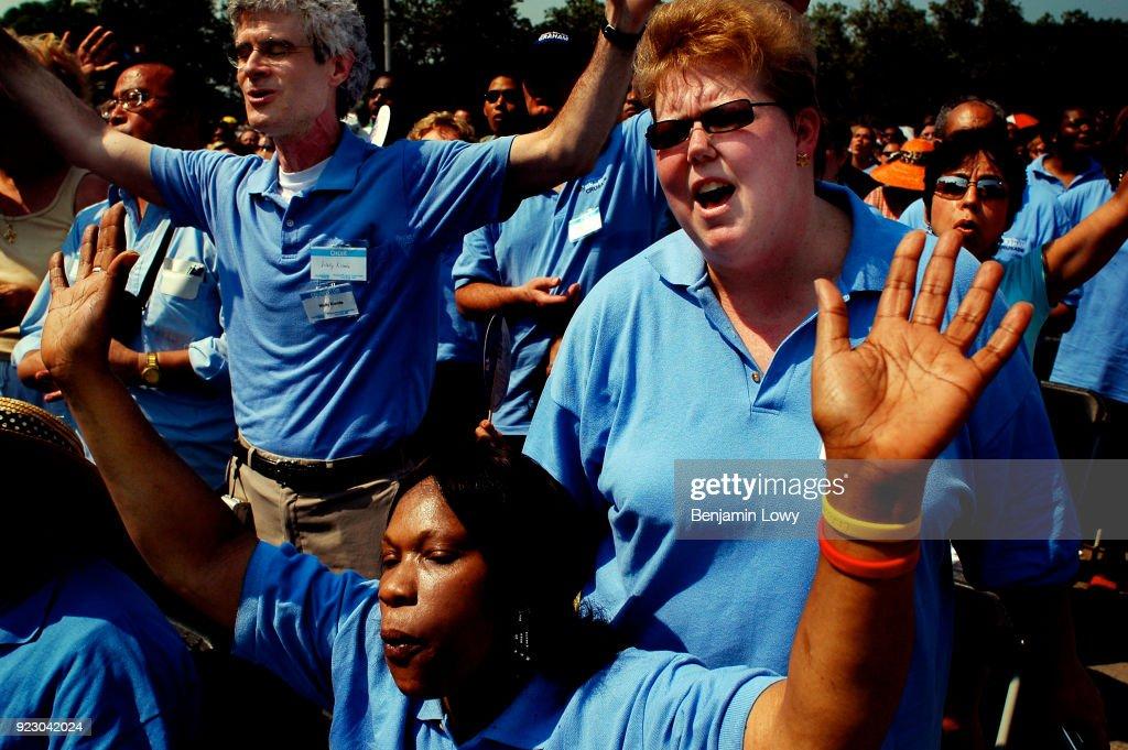 Billy Graham Crusade in New York : News Photo