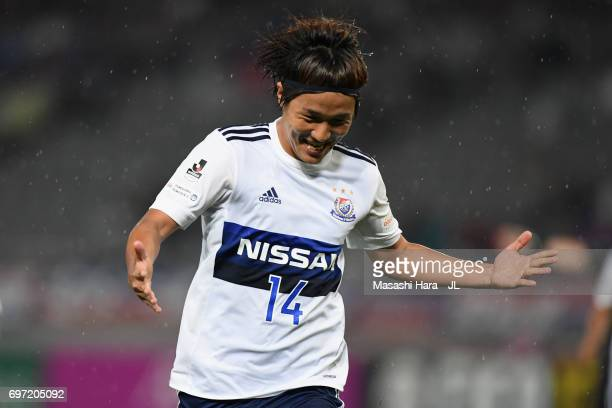 Jun Amano of Yokohama FMarinos celebrates scoring the opening goal during the JLeague J1 match between FC Tokyo and Yokohama FMarinos at Ajinomoto...