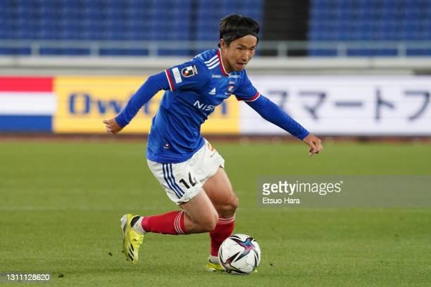 Jun Amano of Yokohama F.Marinos in action during the J.League Meiji Yasuda J1 match between Yokohama F.Marinos and Cerezo Osaka at Nissan Stadium on...