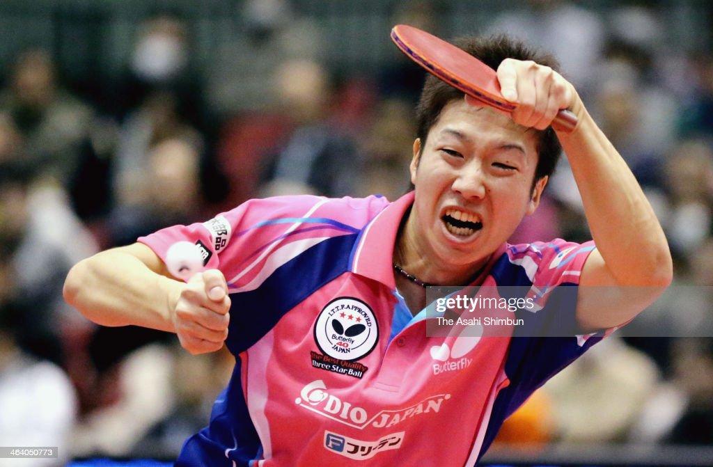 Jun Mizutani competes against Asuka Machi at All Japan Table Tennis Championships at Tokyo Gymnasium on January 19, 2014 in Tokyo, Japan.