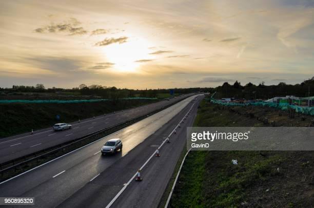 junção 10a da auto-estrada m20 em construção - ashford kent - fotografias e filmes do acervo