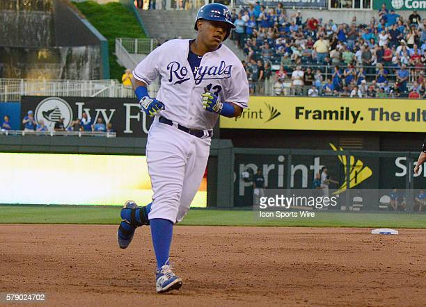 Kansas City Royals' catcher Salvador Perez rounds the bases after hitting a threerun home run in the sixth inning during a game between the New York...