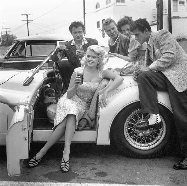 Jayne Mansfield and Natalie Wood with Lance Fuller, John Smi