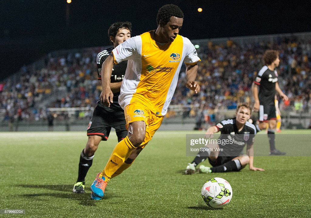 Pittsburgh Riverhounds midfielder Mike Green (8) handles the ball during extra time in the US Open Cup Fourth Round Match between the D.C. United and the Pittsburgh Riverhounds at Highmark Stadium in Pittsburgh, Pennsylvania