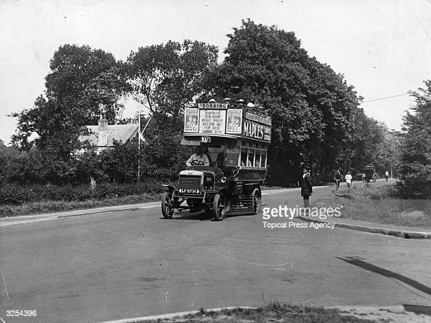 A London Motors bus en route to Dorking on Whitsun holiday