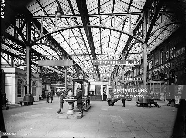 The interior of Marylebone station in London which belongs to the Great Central Railway