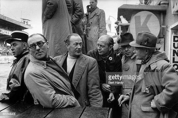 Journalists watching from the pits at Le Mans Original Publication Picture Post 7852 Motor Racing Must Go On pub 1955