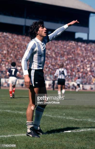 02 June 1979 International football Scotland v Argentina Argentinian captain Daniel Passarella
