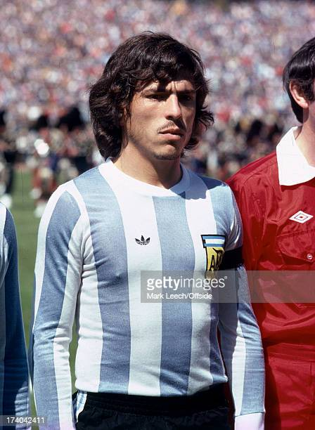 02 June 1979 International football Scotland v Argentina Argentinianb captain Daniel Passarella stands for the anthem