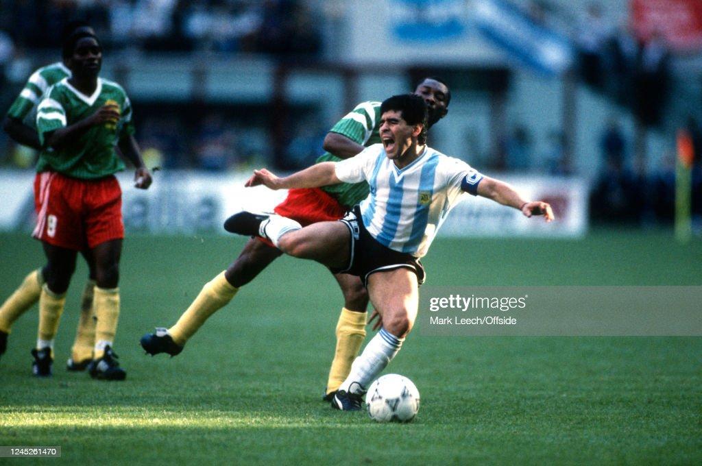 Argentina v Cameroon : News Photo