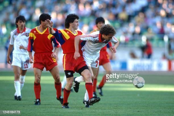 June 1990 - World Cup 1990 - Soviet Union v Romania - Sergei Aleinikov of Soviet Union tries to break away -