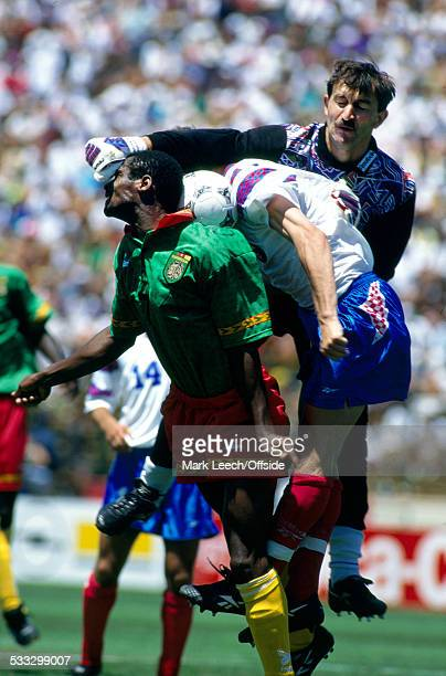 28 June 1994 Fifa World Cup Russia v Cameroon Stanislav Cherchesov of Russia punches the ball clear