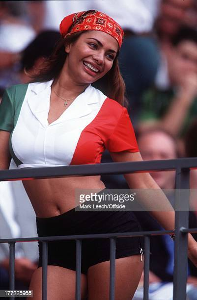 25 June 1998 Holland v Mexico World Cup '98 France Sexy female Mexico fan
