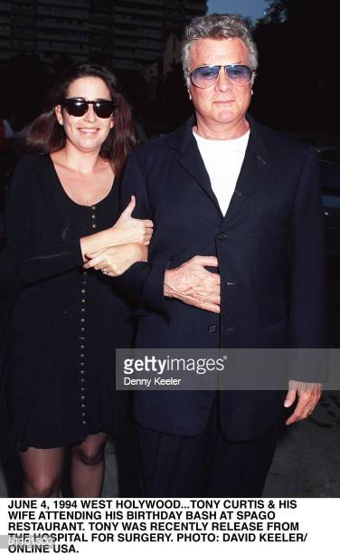 June 2 1994 .. Tony Curtis And His Wife Lisa Deutsch Arrive At Spago Restaurant In Los Angeles To Celebrate Tony's Birthday.