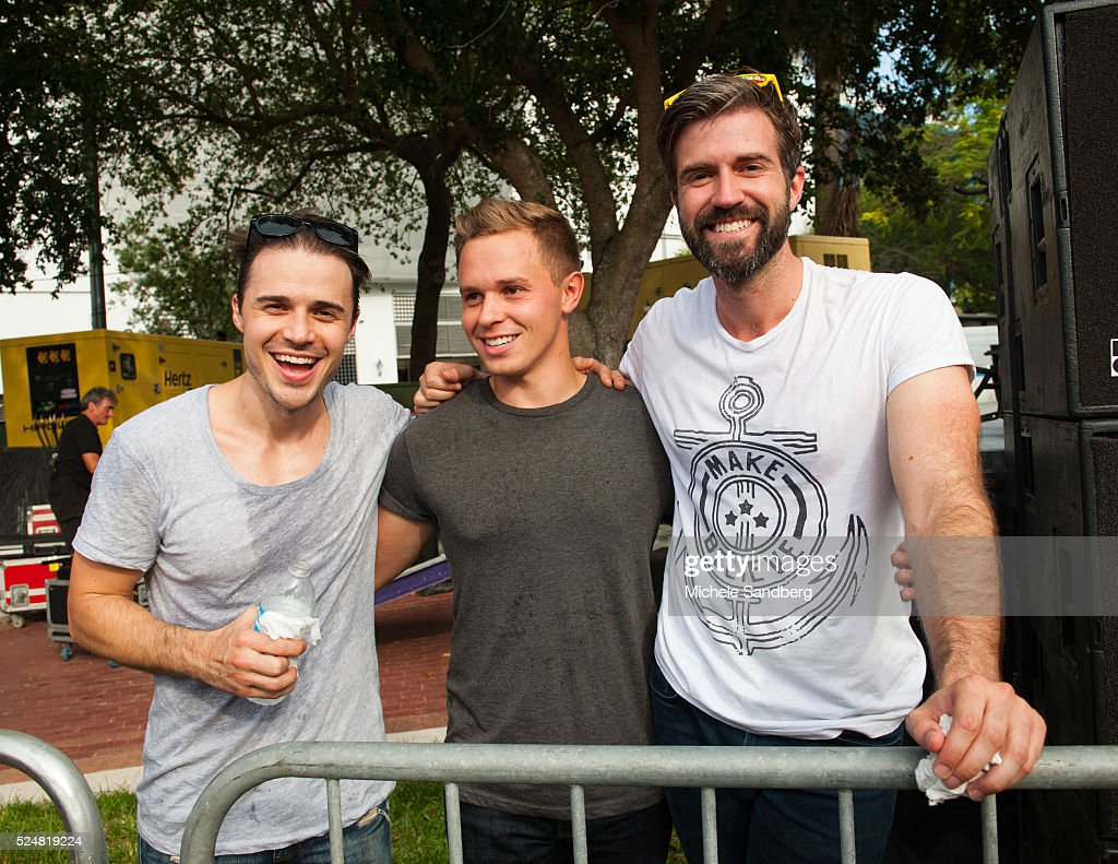 2015 june 20 lauderdale live pictures getty images june 20 kris allen josh cabot kale mills at meet and greet american m4hsunfo