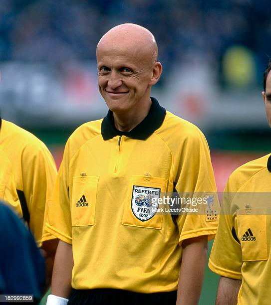 18 June 2002 FIFA World Cup Knockout Stage 1 Japan v Turkey Referee Pierluigi Collina gives a cheeky grin to the camera before the match kicks off