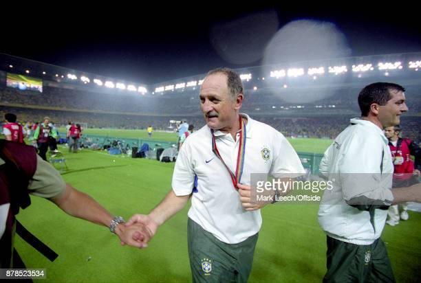 June 2002 Yokohama : FIFA World Cup Final - Brazil v Germany : Luiz Felipe Scolari, coach of Brazil, celebrates on a lap of honour