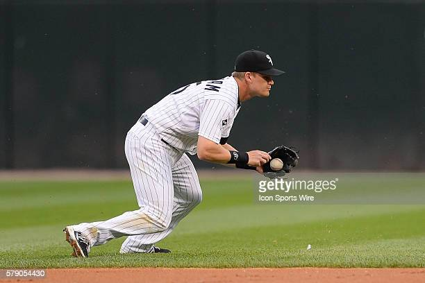 Chicago White Sox second baseman Gordon Beckham in action during a game between the Chicago White Sox and the Detroit Tigers at US Cellular Field in...