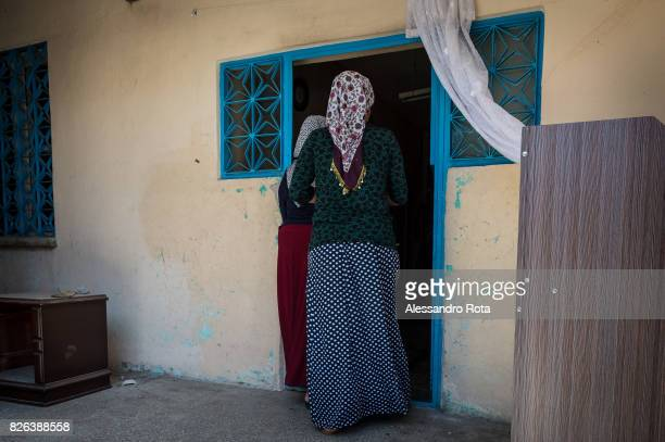 11 June 2015 Diyarbakir Turkey Hanim Kaya mother of Mutlu Kaya receives daily visits from members of the family in the riceve visite giornaliere da...