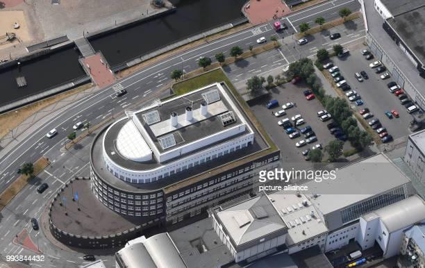 The aerial shot shows the Alfred Wegener Institute Photo Carmen Jaspersen/dpa