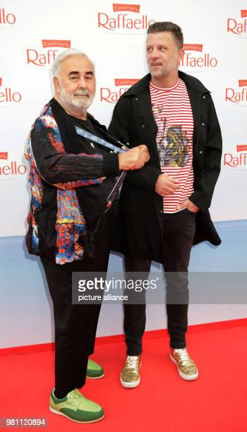 """June 2018, Germany, Berlin: Hairdresser Udo Walz and husband Carsten Thamm-Walz arriving to the """"Raffaello Summer Day"""" in support of the Arche..."""