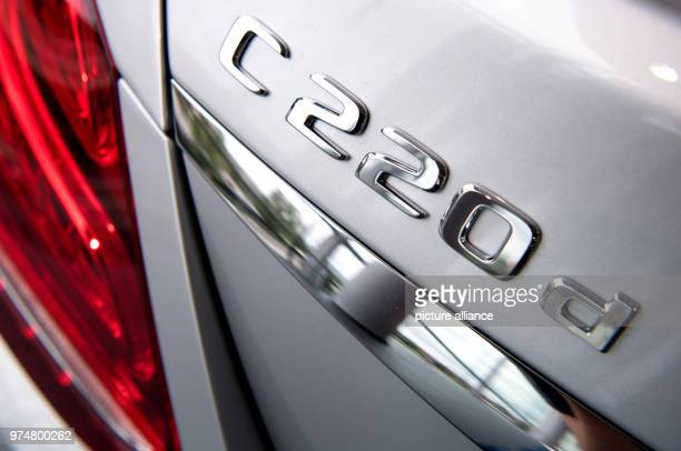 A Mercedes C 220 d at a car dealer The compulsory recall for hundreds of thousands Daimler diesel vehicles is a further chapter in the exhaust gas...