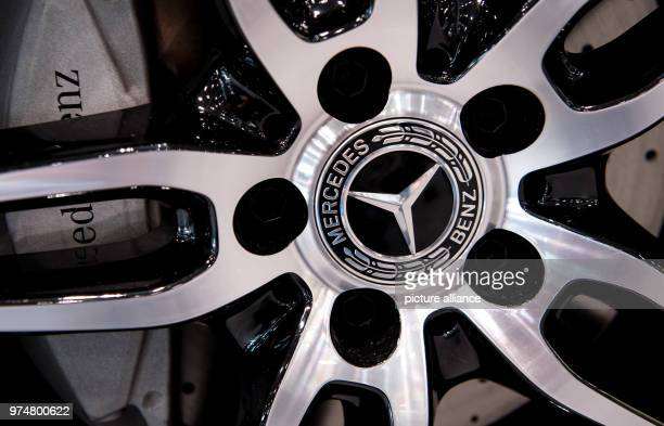The Mercedes logo seen on a rim The compulsory recall for hundreds of thousands Daimler diesel vehicles is a further chapter in the exhaust gas...