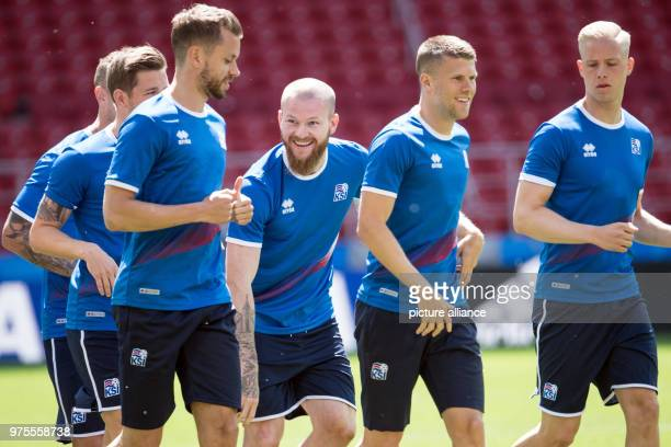Soccer World Cup Iceland final taining ahead of Group D match Argentina Iceland in the Spartak Stadium The Iceland squad getting ready for training...