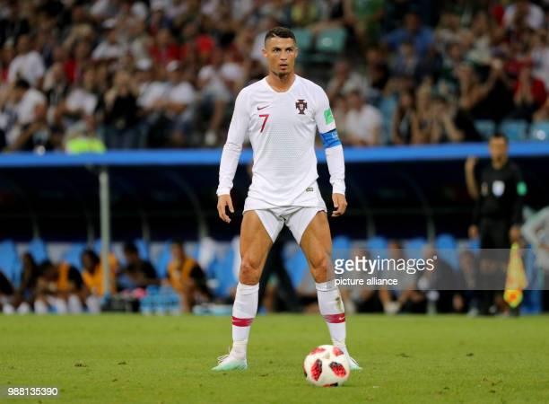 Fußball Football World Cup Uruguay vs Portugal at the Fisht Stadium Cristiano Ronaldo of Portugal waits for a freekick Photo Christian Charisius/dpa