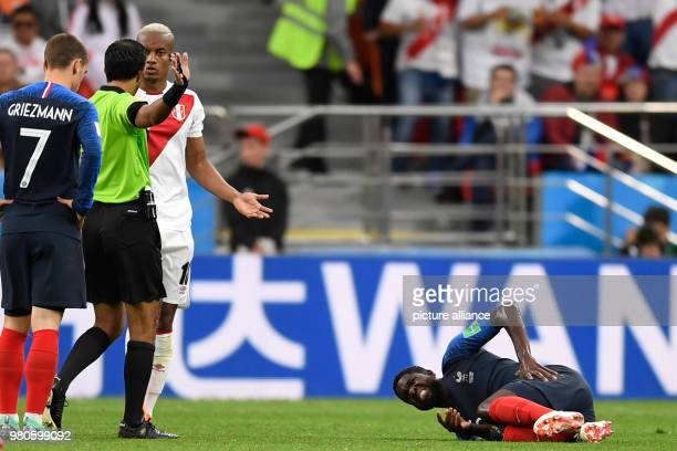 21 June 2018 Russia Yekaterinburg Soccer World Cup 2018 France vs Peru Preliminary round group C Second game day at the Yekaterinburg arena Referee...