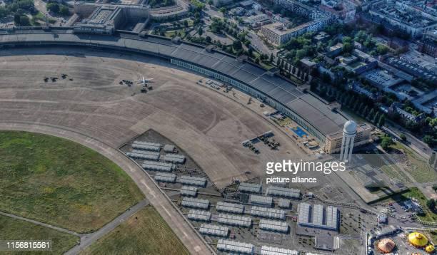 The former Tempelhof Airport at Tempelhofer Feld seems to be deserted. Photo: Paul Zinken/dpa