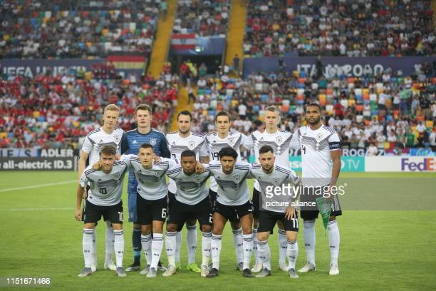 Football U21 Men Germany Austria European Championship preliminary round Group B The German team is standing together before the match for a team...