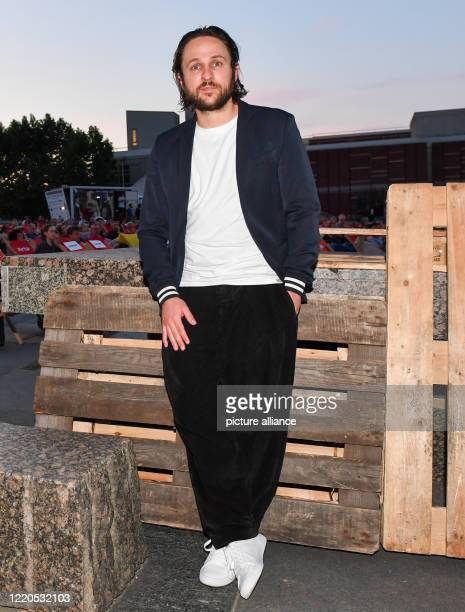 """Actor Dimitrij Schaad comes to the Arte Sommerkino Kulturforum for the open-air premiere of """"The Kangaroo Chronicles reloaded"""". A new setting in 3D..."""