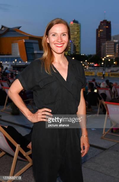 "Actress Bettina Lamprecht comes to the open-air premiere ""Die Känguru-Chroniken reloaded"" at the Arte Sommerkino Kulturforum. A new shot in 3D was..."
