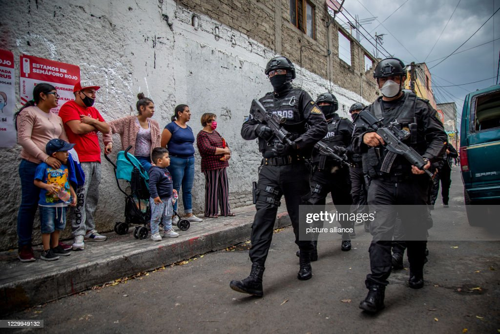 Mexico's cartels recruit children : News Photo