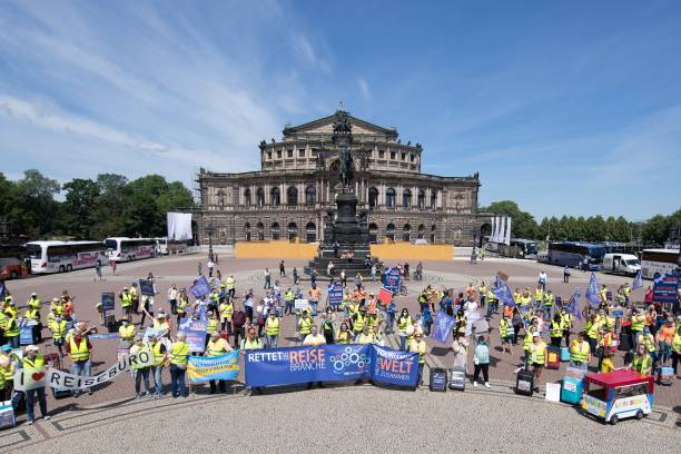 DEU: Coronavirus - Tourist Industry Demonstration