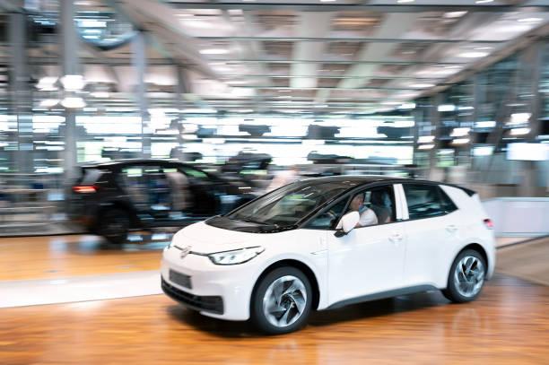 DEU: Volkswagen E-Mobility