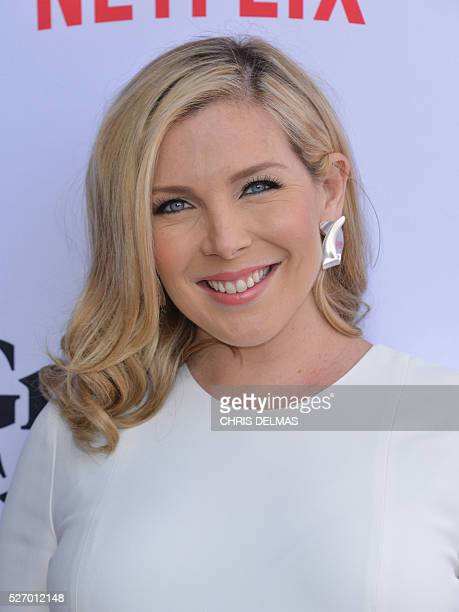 June Diane Raphael attends the Season 2 Premiere of Grace and Frankie in Los Angeles California on May 1 2016 / AFP / CHRIS DELMAS