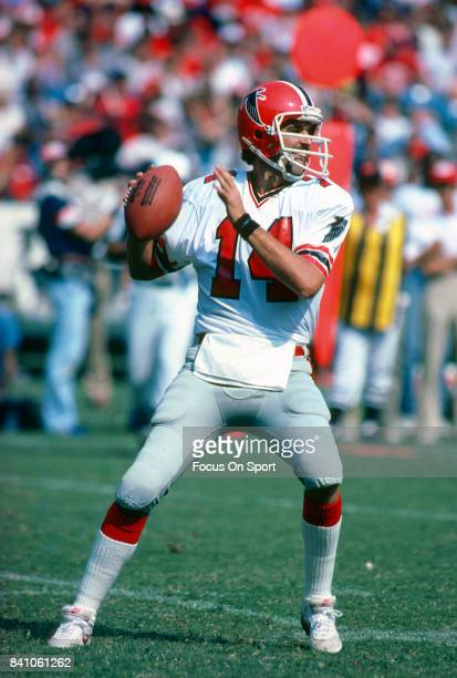 June Jones of the Atlanta Falcons drops back to pass against the San Francisco 49ers during an NFL football game November 8 1981 at Candlestick Park...